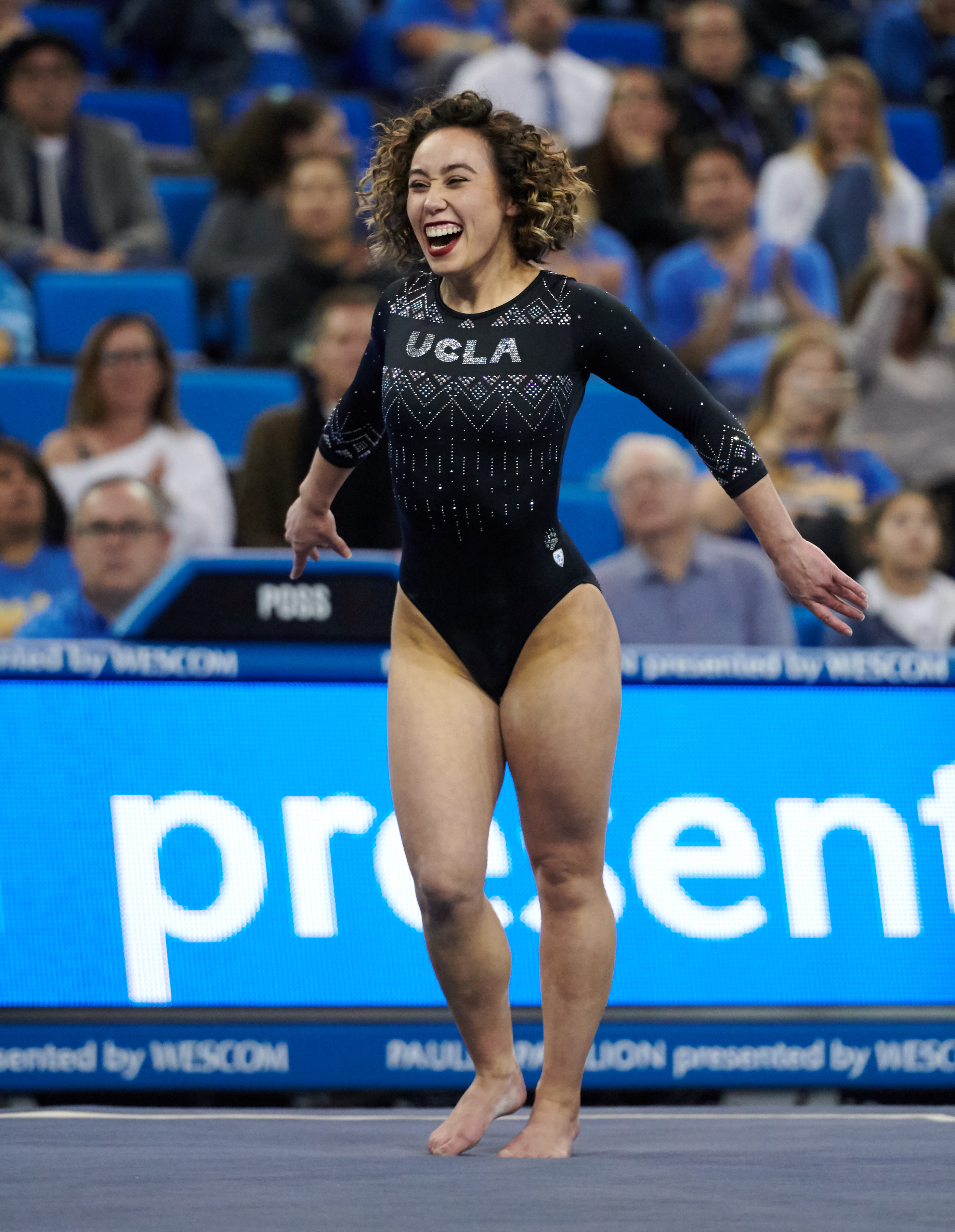 UCLA Athletics - 2019 UCLA Women's Gymnastics versus the University of Nebraska Cornhuskers. Pauley Pavilion, UCLA, Los Angeles, CA. January 4th, 2019 Copyright Don Liebig/ASUCLA 190104_GYM_1917.NEF